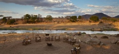 Ruaha River Lodge - Campfire