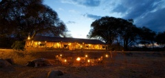 Ruaha River Lodge - At night