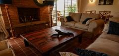 Katambuga House - lounge