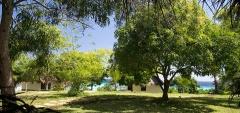 Manta Resort - gardens