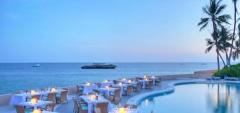 Hemingways Watamu - Dinner by the pool