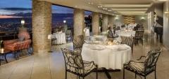 Hotel des mille - dining area