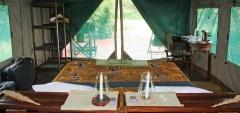 Mdonya Old River Camp - bedroom