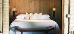 Mneba Lodge - Bedroom