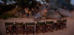 Mwagusi Camp - Camp fire