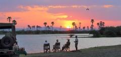 Roho Ya Selous - Sundowners by the river
