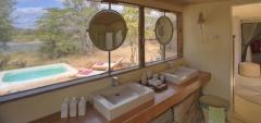 Azura - Bathroom