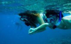 Snorkelling in Zanizbar